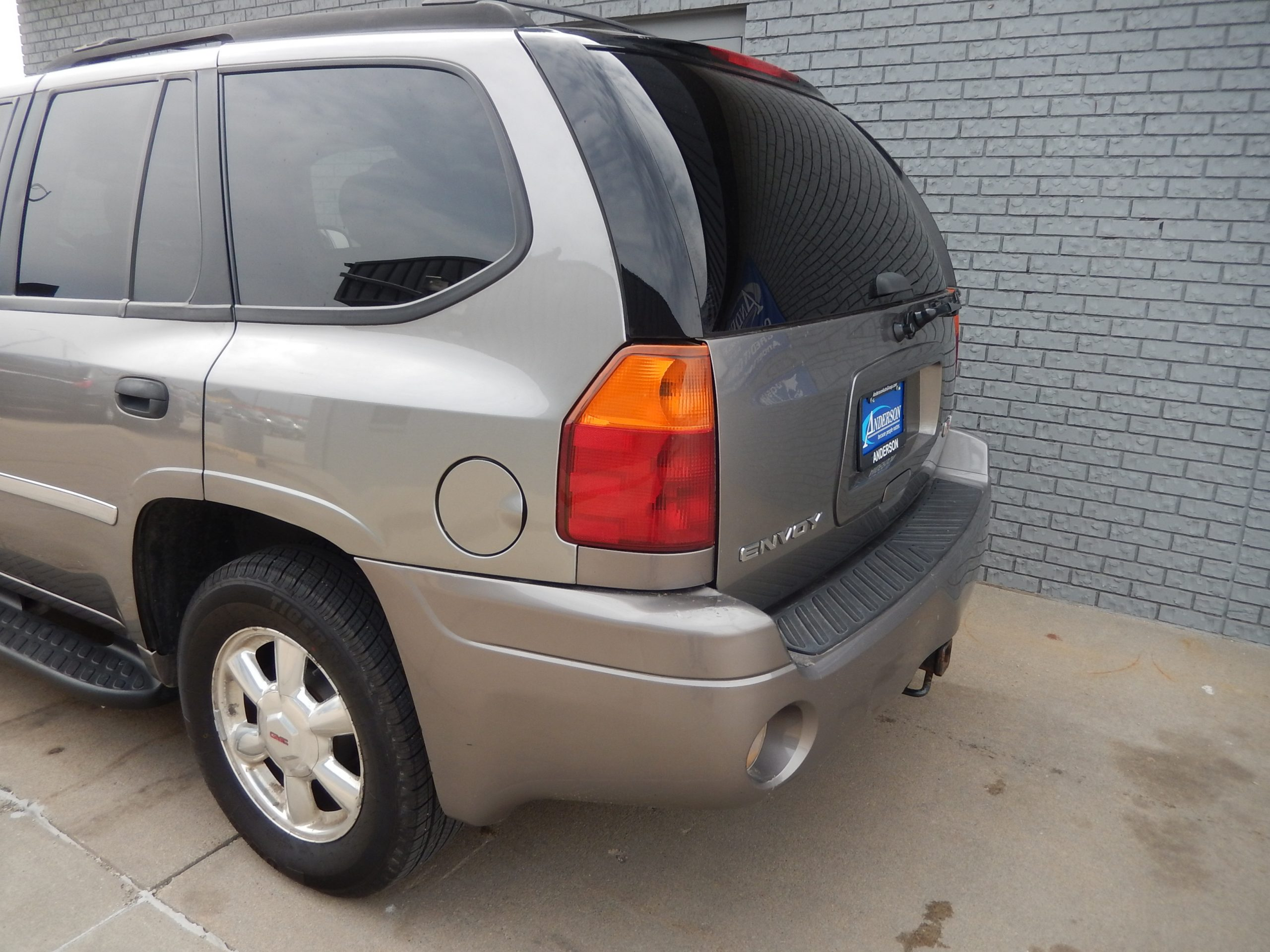 Used 2006 GMC Envoy SLE SUV for sale in
